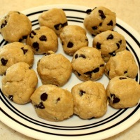 Quick Grain-free Chocolate Chip Cookie Bites