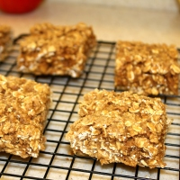 Soft-Baked Cinnamon Oatmeal Squares