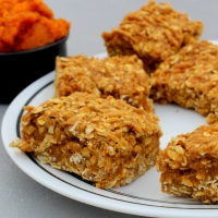 Spiced Pumpkin Oatmeal Bars